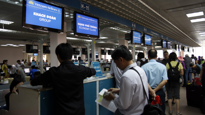 Carry-out-procedure-to-apply-for-visa-at-airport