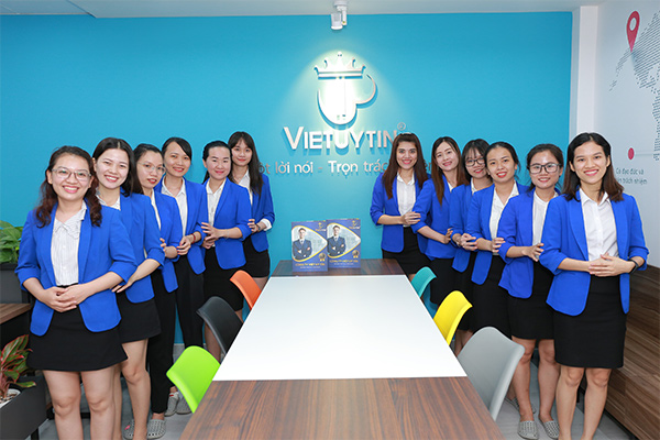 Công ty Việt Uy Tín với hơn 10 năm kinh nghiệm trong lĩnh vực xin giấy phép lao động