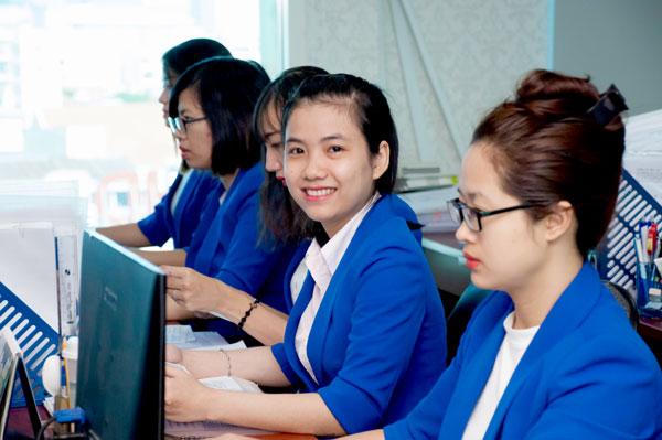 Dịch vụ làm thủ tục xin gia hạn visa Việt Nam