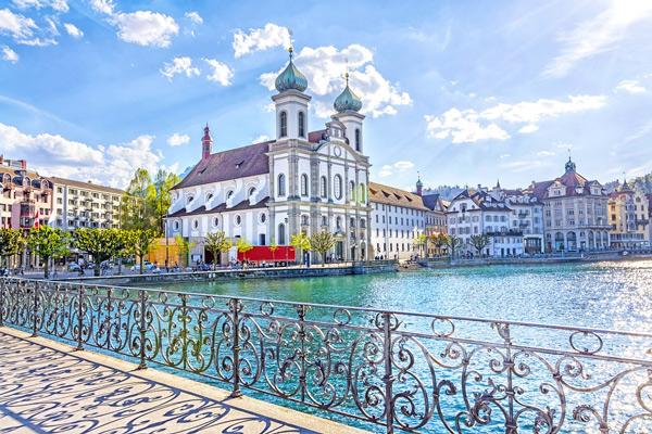 Chúng ta thường bị từ chối cấp visa Thụy Sỹ vì hồ sơ không đạt chuẩn