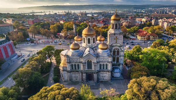 Bạn cũng được miễn visa vào Rumani nếu bạn sở hữu visa Châu Âu