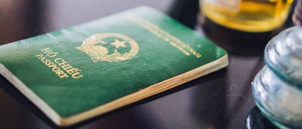 Bạn cần scan hộ chiếu khi điền tờ khai xin visa