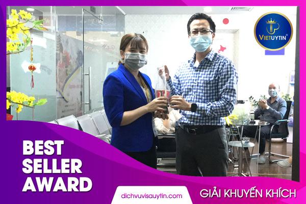 Phan Thị Kim Hạnh là gương mặt với trong Best Seller tháng này