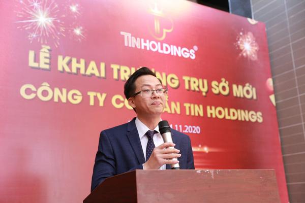 CEO - Ông Nguyễn Văn Khải phát biểu chính thức khai trương trụ sở mới