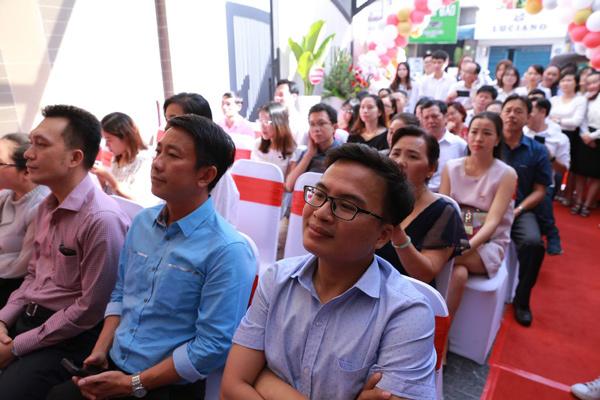 Rất đông Quý đối tác, khách hàng và cơ quan ban ngành tham dự sự kiện khai trương