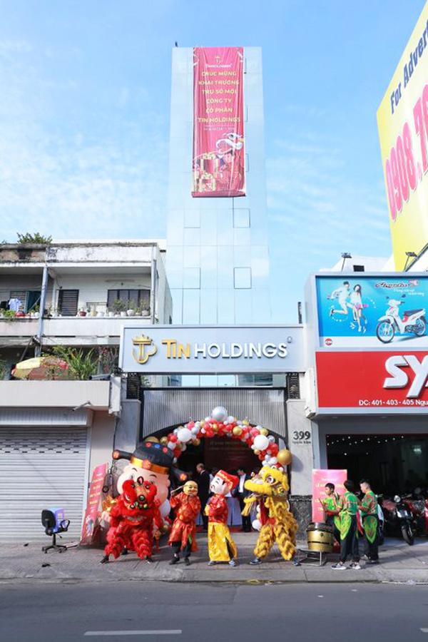 Ngày 24/11/2020, lễ khai trương trụ sở mới của công ty Việt Uy Tín đã chính thức diễn ra