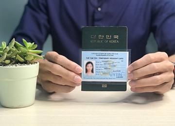 Làm thẻ tạm trú
